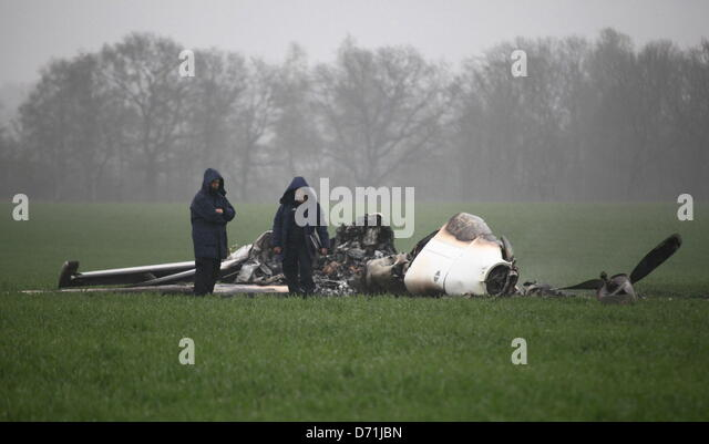 Wuemme germany 26th april 2013 investigators examine a plane wreck