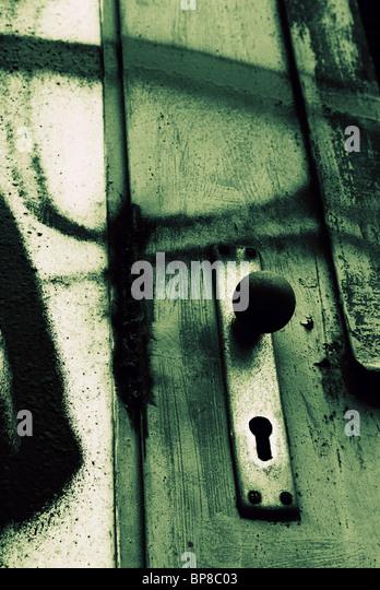 Grungy door handle - Stock-Bilder