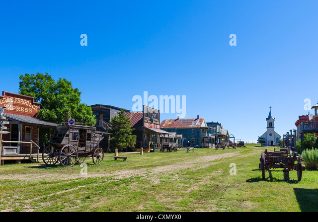 Main Street in '1880 Town' western attraction in Murdo, South Dakota, USA - Stock-Bilder