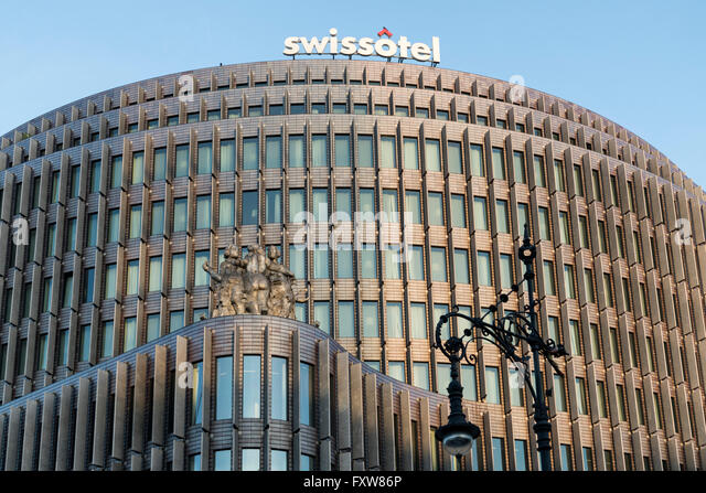 Front facade of the Berlin Swissotel designed by Gerkan Marg & Partners, Charlottenburg, Berlin, Germany - Stock Image