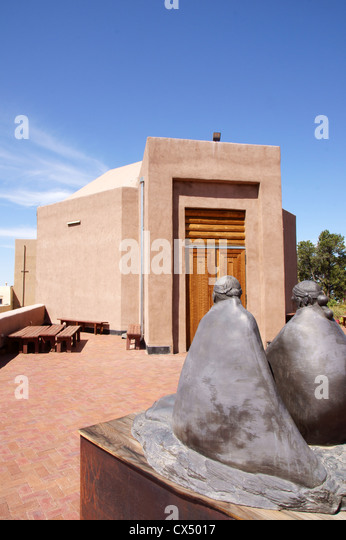 wheelwright museum of the american native indian santa fe new mexico nm sculpture klah record singers ritual - Stock Image