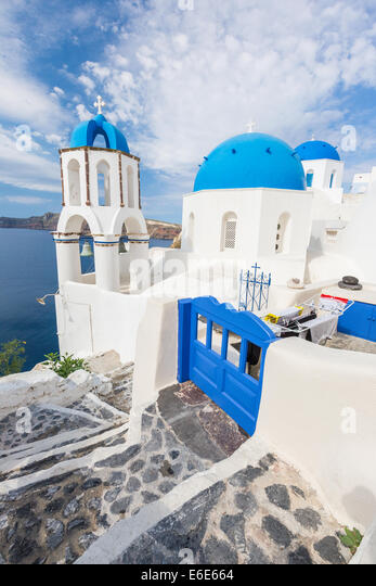 Blue roof church of Oia, Santorini Grecce - Stock Image