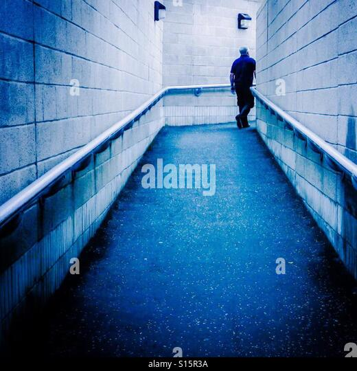 Blue alley - Stock-Bilder