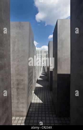 Sculpture of modern building - Stock Image