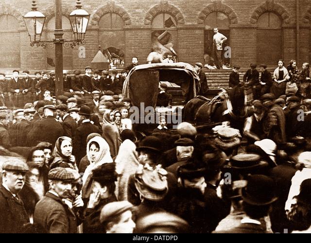 Bradford Legram's Mill Disaster 25th September 1908 - Stock-Bilder