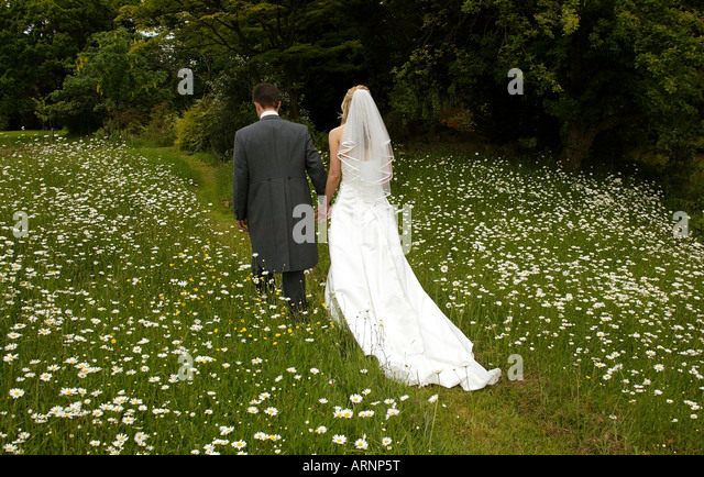 Marriage train stock photos marriage train stock images for Wedding dress steaming near me