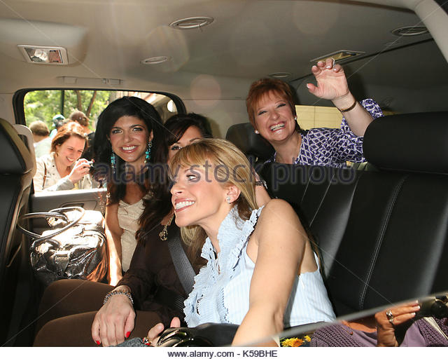Dina manzo stock photos dina manzo stock images alamy for Where do real housewives of new jersey live