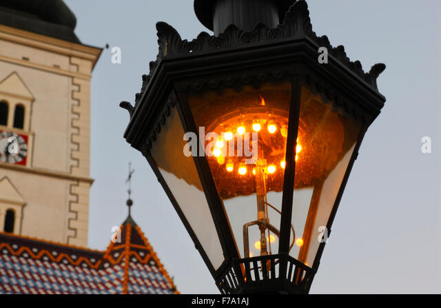 Zagreb Gas lamps (since 1863). There are 217 gas lamps and they have been hand lit for the past 143 years. - Stock-Bilder