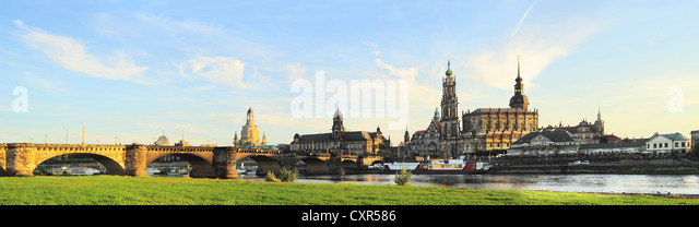 Skyline of Dresden at sunset. Germany - Stock-Bilder