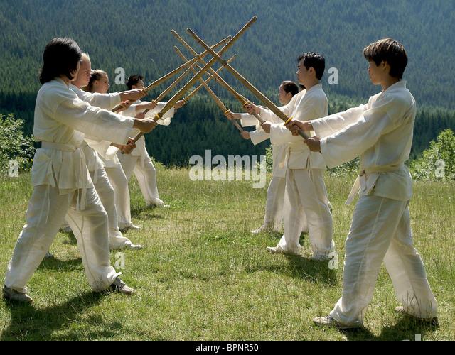 MARTIAL ARTS STUDENTS ELEKTRA (2005) - Stock-Bilder