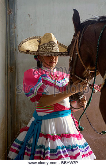 horse creek single hispanic girls Horseloverz for discounted horse supplies, horse tack, saddles, english or western riding boots, riding apparel top brands like breyer, ariat, tough-1 at low prices.