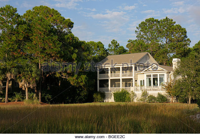 South Carolina Hilton Head Island Sea Pines Plantation South Beach resort single-family house home Low Country Architecture - Stock Image