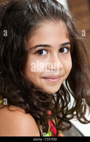 Beautiful Middle Eastern girl smiling - Stock-Bilder