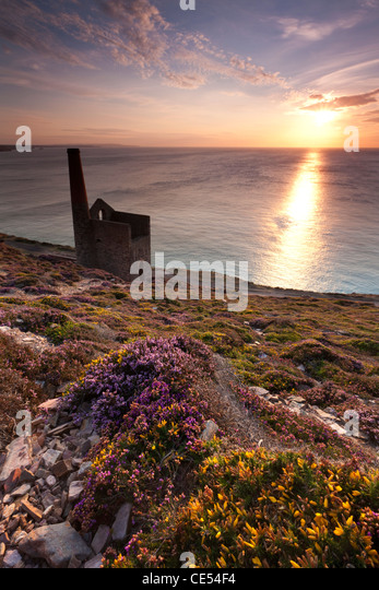 Cornish sunset, St Agnes, Cornwall, England. Summer (August) 2011. - Stock Image