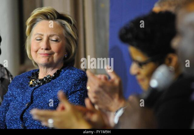 Philadelphia, PA, USA. 20th Apr, 2016. Hillary Clinton, Candidate, Presidential Elections, Primary, Discussion, - Stock Image