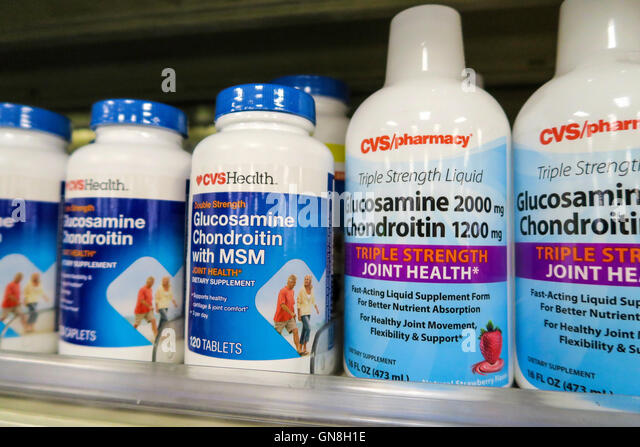 cvs pharmacy drugstore nyc usa stock photos  u0026 cvs pharmacy drugstore nyc usa stock images