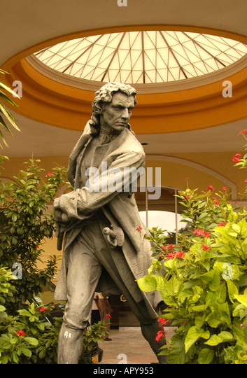 Nassau Bahamas British Colonial Hilton Hotel Statue Governor Woodes Rogers - Stock Image