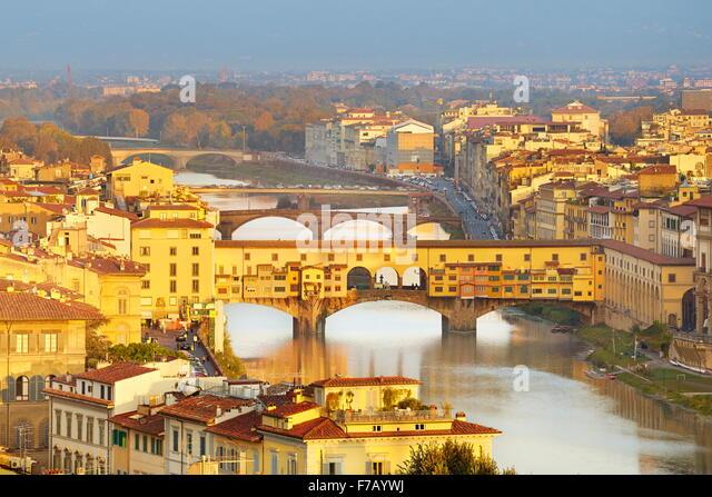 Ponte Vecchio Bridge, Florence cityscape, Italy - Stock Image