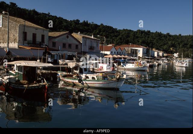 Greece Katakolon Ionian Sea coast fishing village boats waterfront - Stock Image