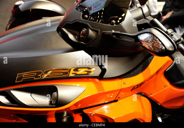 can am france can am spyder trike motorcycle car interior