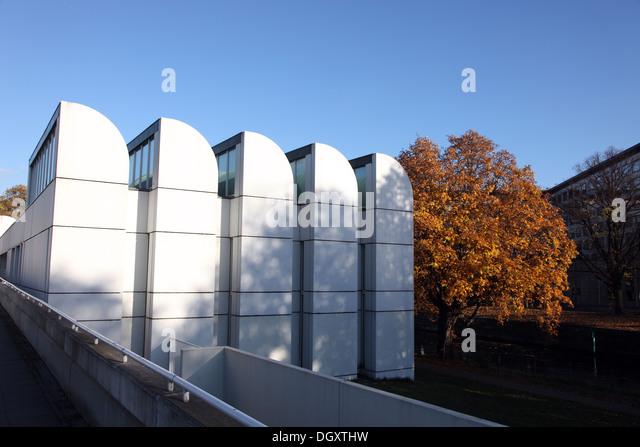 The Bauhaus Archive, the last building designed by Gropius, Berlin - Stock-Bilder