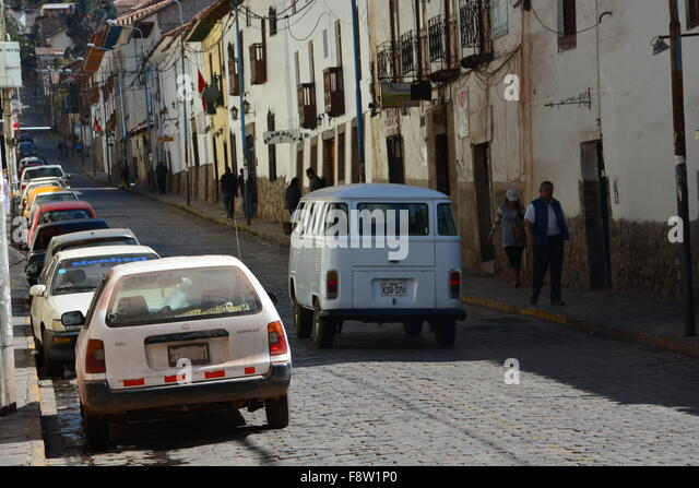 Reliable car stock photos reliable car stock images alamy for 14 window vw bus