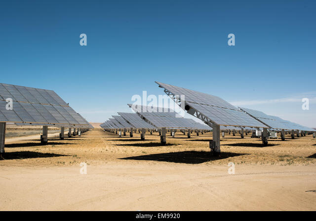 Borrego Springs, CA, USA. 11th Apr, 2015. Solar panels at solar energy power plant in Borrego Springs, CA © - Stock Image