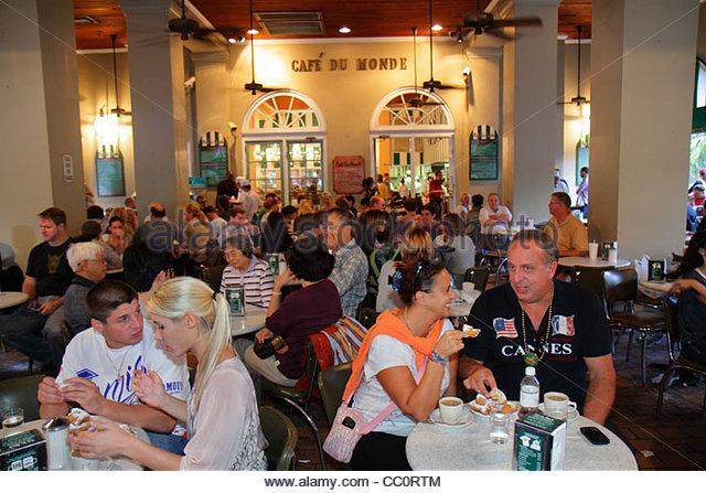 Louisiana New Orleans French Quarter historic district Decatur Street Cafe du Monde coffee shop stand business café - Stock Image