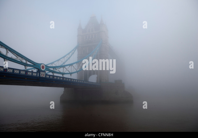 Tower Bridge emerging through London's smog on a day of record pollution - Stock Image