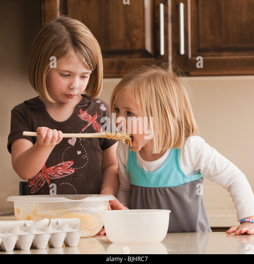 Messy Kitchen After Cooking: Messy Kitchen While Cooking Stock Photos & Messy Kitchen