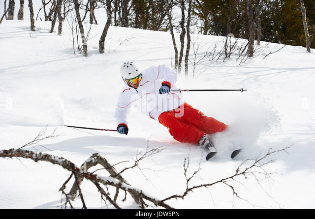 Skier turning in snow, Are, Sweden - Stock-Bilder
