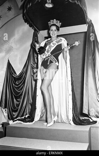 Miss UK 1964, Ann Sidney, Crowned Miss World 1964, during finale at  The Lyceum Ballroom, London, Thursday 12th - Stock Image