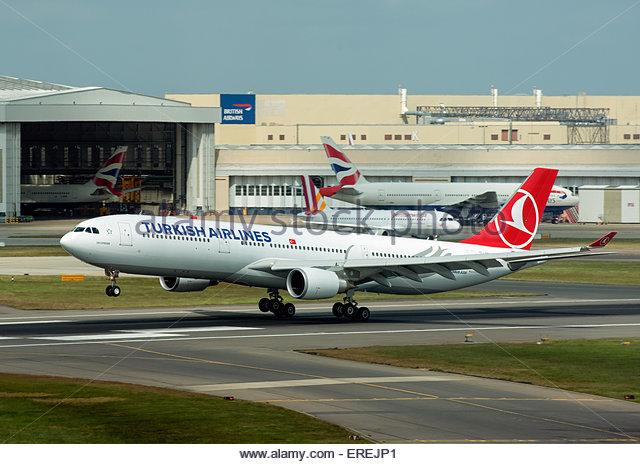 Turkish aircraft stock photos turkish aircraft stock images alamy - Turkish airlines uk office ...