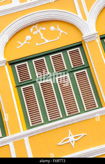 Pena House window detail at an angle Willemstad Curacao - Stock Image