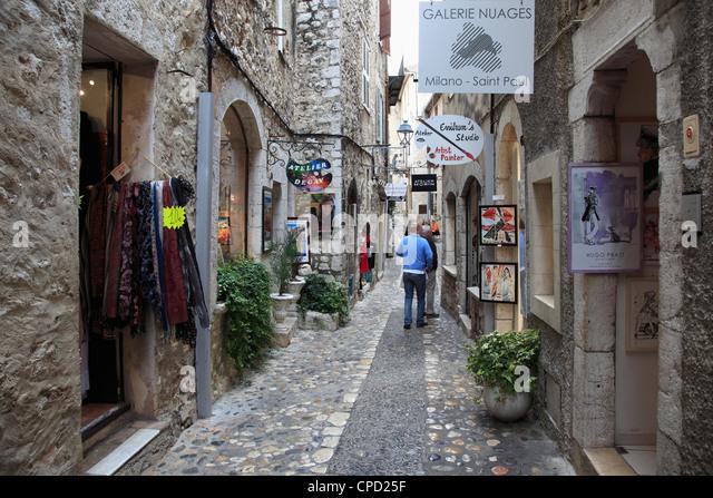 St. Paul de Vence, medieval village, Alpes Maritimes, Provence, Cote d'Azur, France, Europe - Stock Image