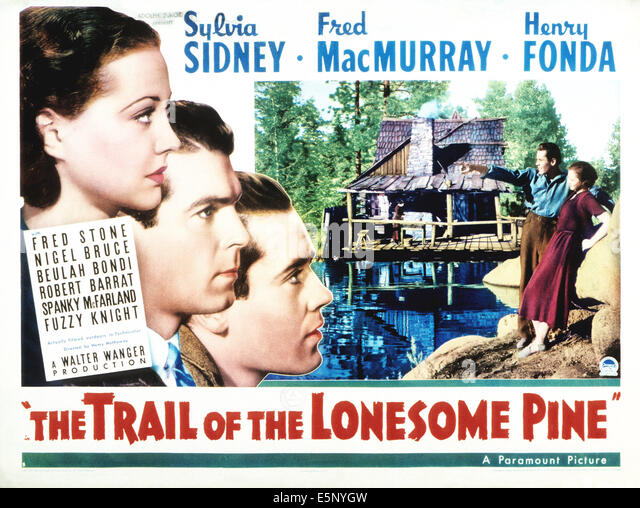 THE TRAIL OF THE LONESOME PINE, from left: Sylvia Sidney, Fred MacMurray, Henry Fonda, Beulah Bondi (background, - Stock Image