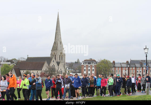 London, UK 24 April 2016. Runners prepare for the annual Virgin Money London Marathon at Blackheath on 24th April - Stock Image
