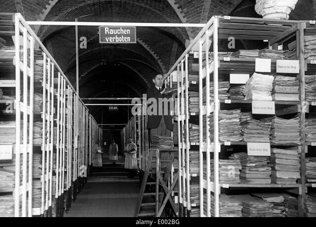 Archive for files of war casualties during the First World War - Stock-Bilder