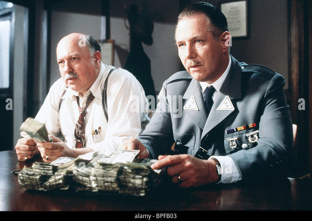 SCENE WITH J. T. WALSH CRIME OF THE CENTURY (1996) - Stock Image