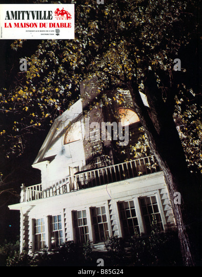 Amityville horror house stock photos amityville horror for Amityville la maison du diable streaming