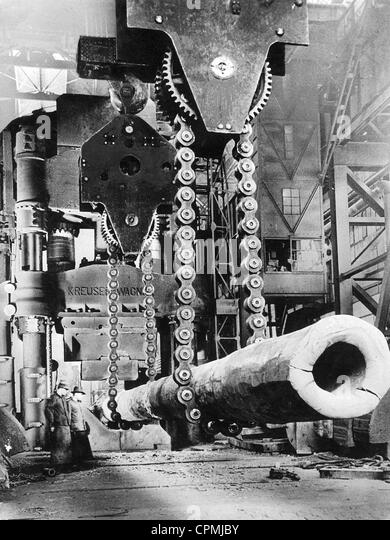 Forging press in the Krupp Works, 1938 - Stock-Bilder