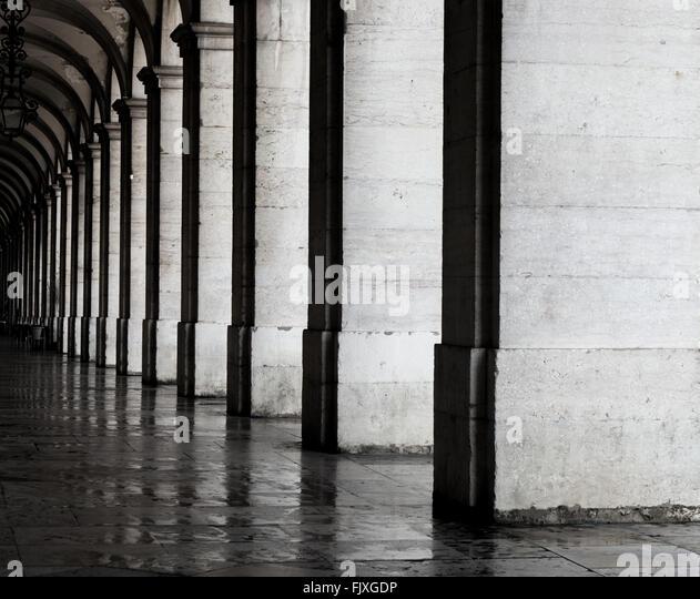 Passageway Of Historic Building - Stock-Bilder
