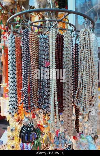 Chains Garlands in a shop - Stock Image