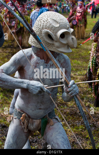 Mudman celebrating the traditional Sing Sing in the Highlands, Papua New Guinea, Pacific - Stock Image