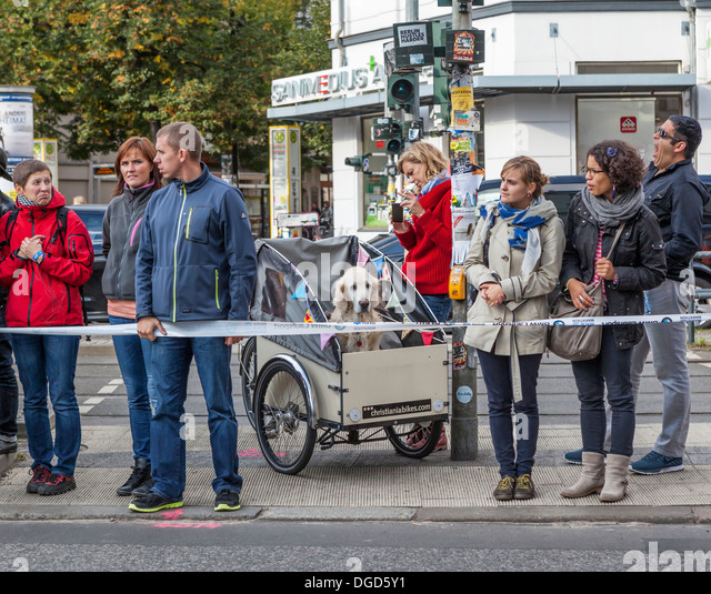 Carrier Bike Stock Photos Amp Carrier Bike Stock Images Alamy
