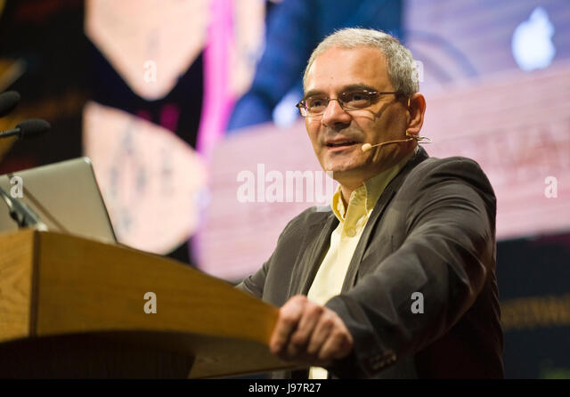 Kevin N Laland evolutionary biologist speaking on stage at Hay Festival 2017 Hay-on-Wye Powys Wales UK - Stock Image