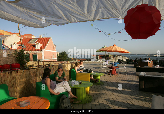 Boasting stock photos boasting stock images alamy for The terrace cafe bar