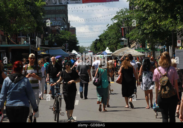 Mural public art festival on St-Laurrent Boulevard in Montreal, Que., June 14, 2016. THE CANADIAN PRESS IMAGES/Lee - Stock Image