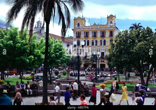 People at Plaza de la Independencia, Quito, Ecuador, South America, America - Stock Image