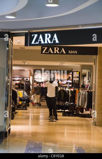 Zara store spain stock photos zara store spain stock - Zara malaga centro ...